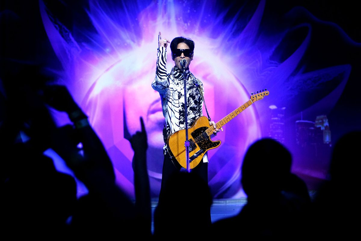 """Prince And Lotusflow3r.com Make History With """"One Night... Three Venues"""""""