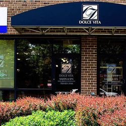 """In McLean, <a href=""""http://www.dolcevitasalon.com/"""">Dolce Vita's</a> relaxing <a href=""""http://www.dolcevitasalon.com/services.html#spaservices"""">Signature Facial</a> ($120) includes 90 minutes of deep pore cleansing. [<a href=""""http://www.giltcity.com/dc/do"""