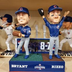 """A new """"final out"""" bobblehead"""