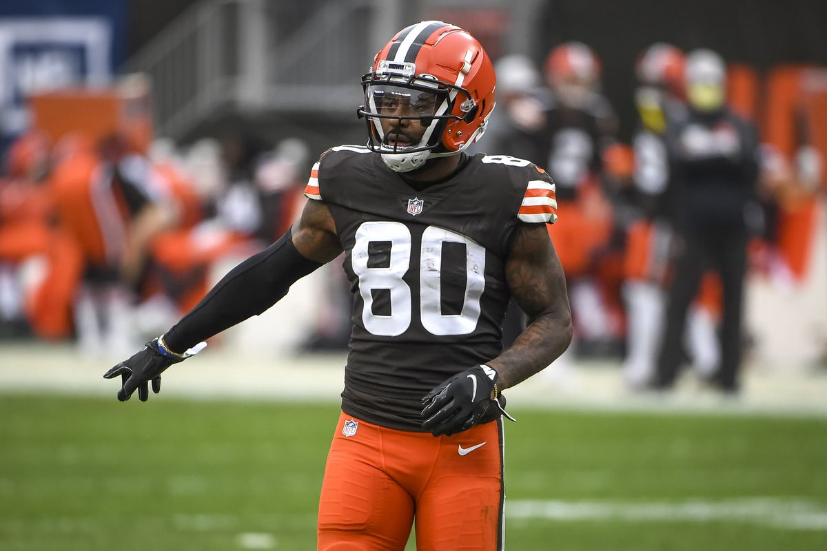 Jarvis Landry #80 of the Cleveland Browns lines up against the Pittsburgh Steelers during the second quarter at FirstEnergy Stadium on January 03, 2021 in Cleveland, Ohio.
