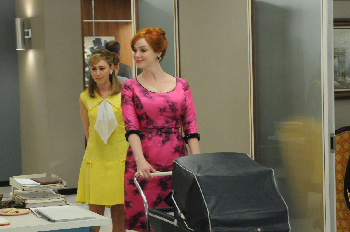 Christina Hendricks as Joan Harris in season 5, episode 1-2 of Mad Men.