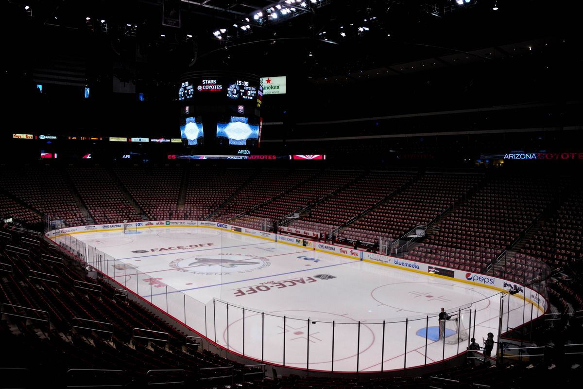 Pictured: What Canadians think Gila River looks like during games