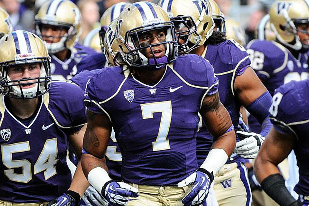 Shaq Thompson will lead the Huskies' defense (and maybe offense?) in today's Spring Preview.