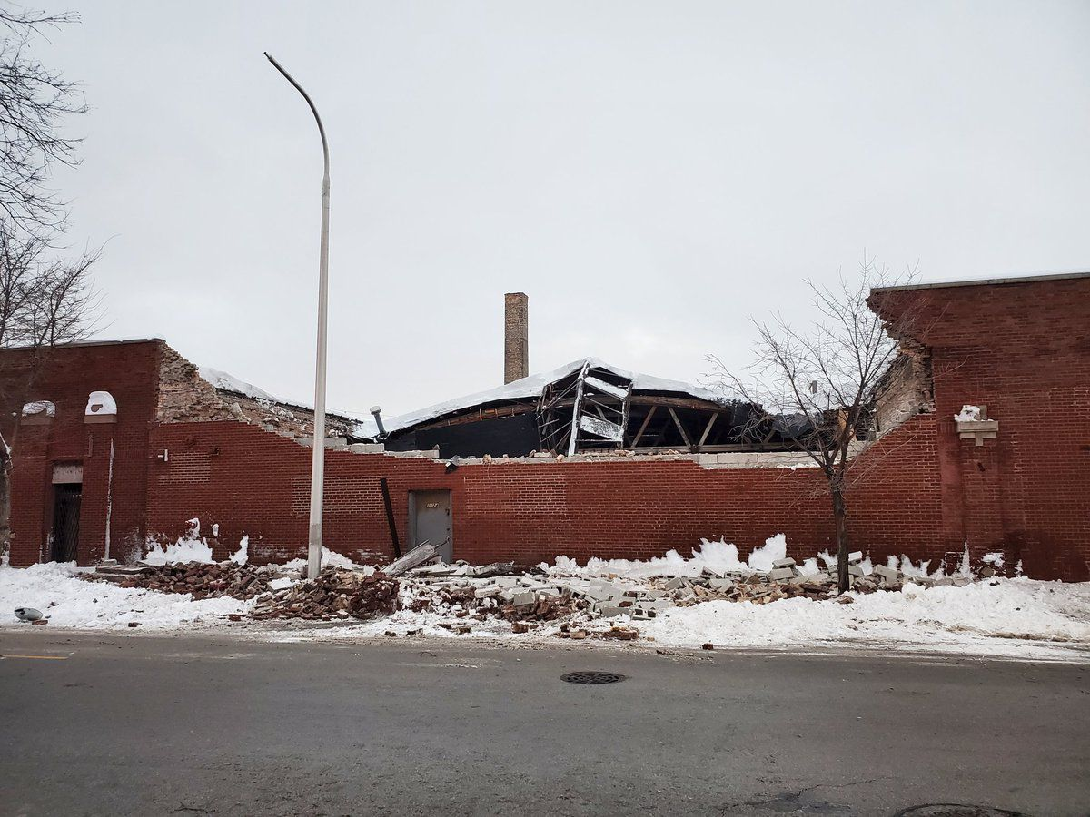 A collapsed building at 75th Street and Ridgeland Avenue, Feb. 16, 2021.