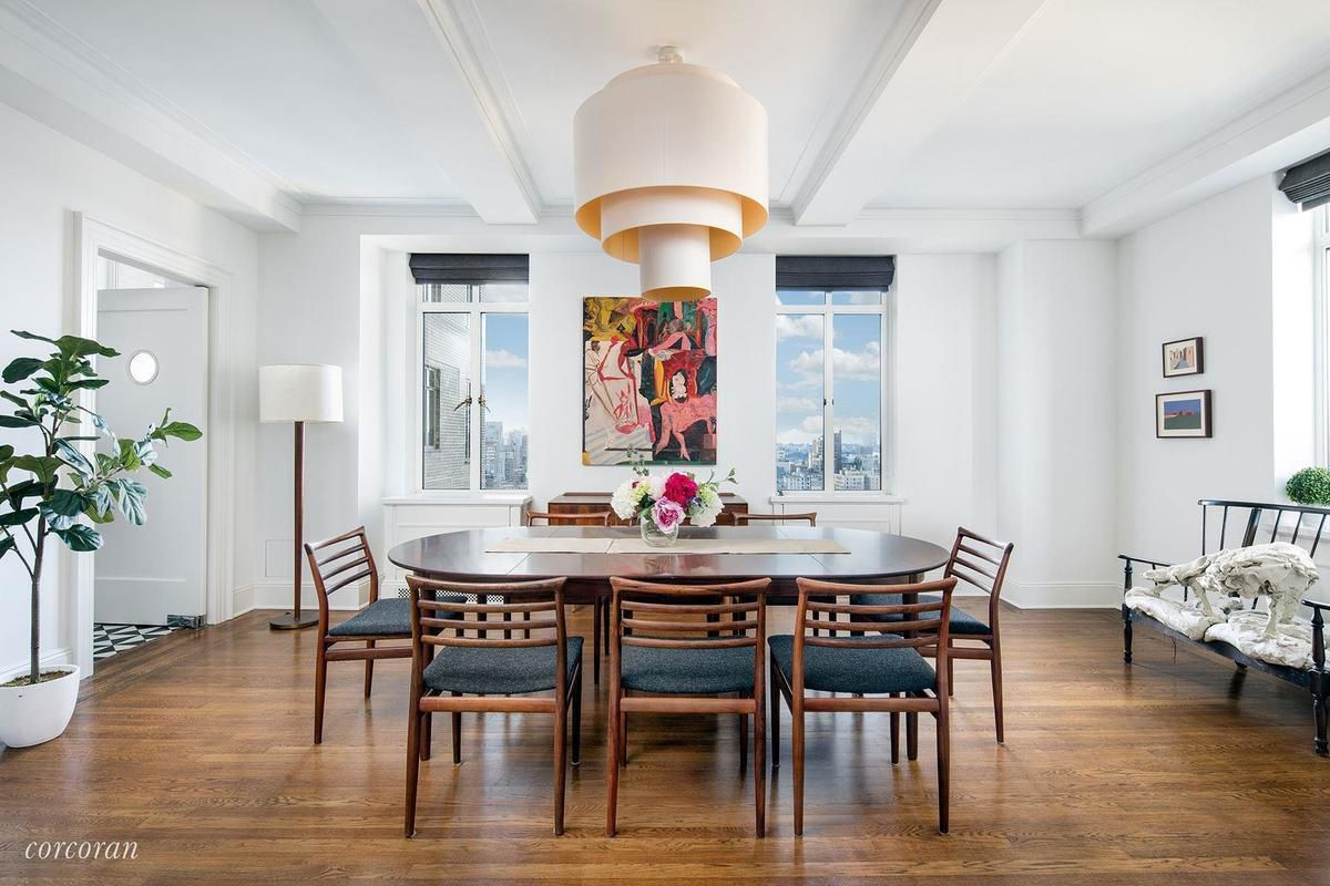 Airy San Remo pad with sweeping Central Park views lists for $17.5M ...