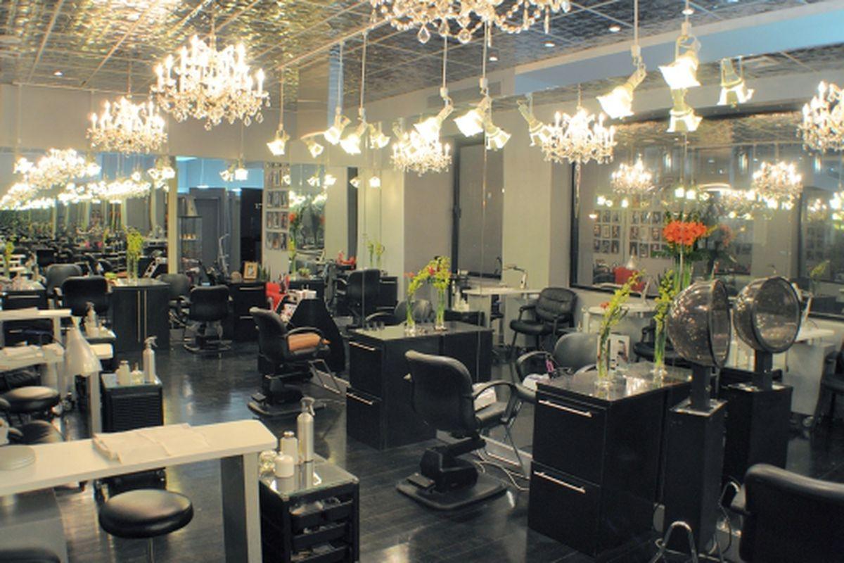 "The J Sisters salon in Midtown. Photo: <a href=""http://www.spaweek.com/spa/4442/j-sisters"">Spa Week</a>"