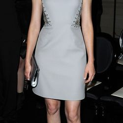 Elizabeth Banks keeps working on her fashion chops with this Versace number.