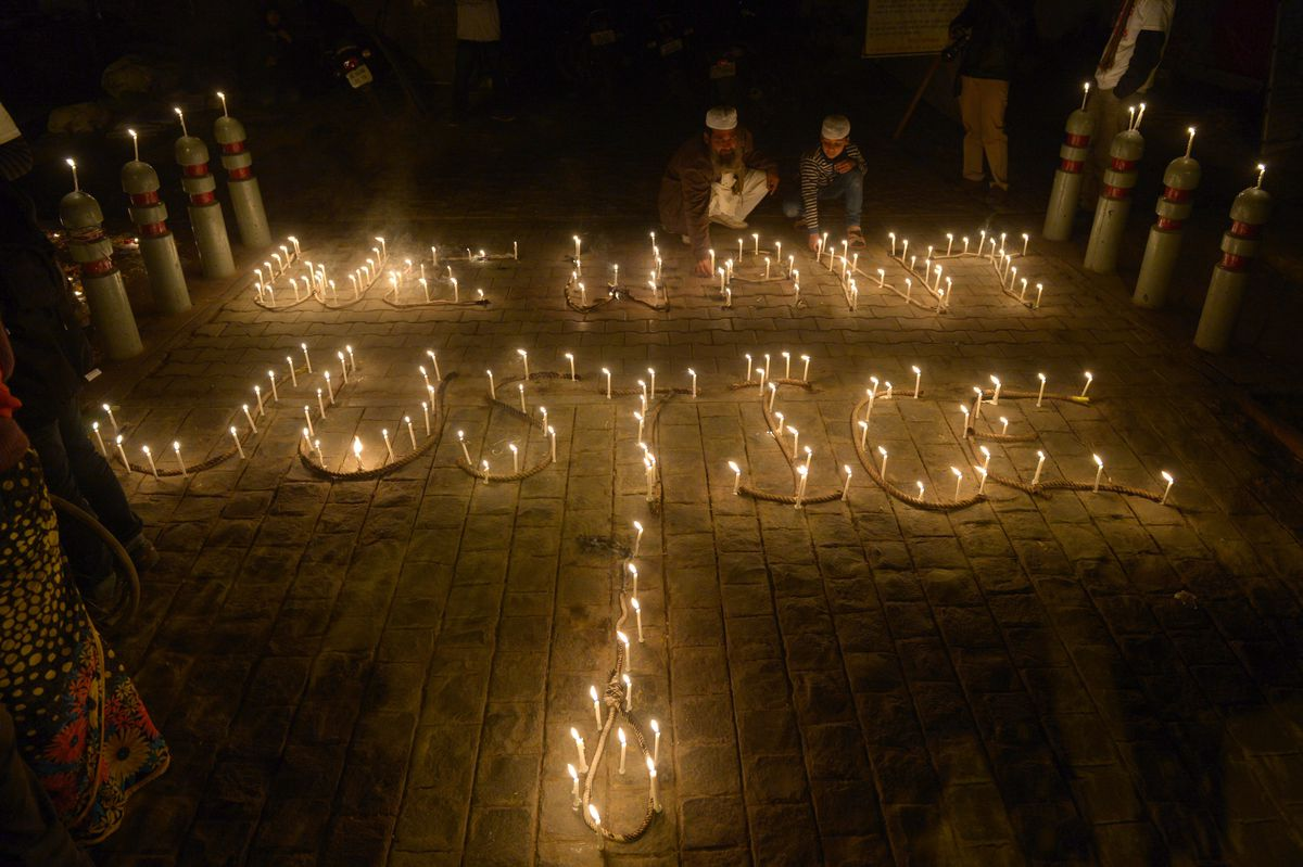 India rape we want justice candles