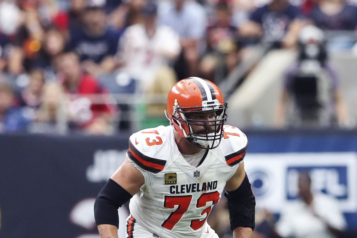 a023f4435 Joe Thomas blocked for 20 starting QBs over his 11-year career. Let s rank  them. New