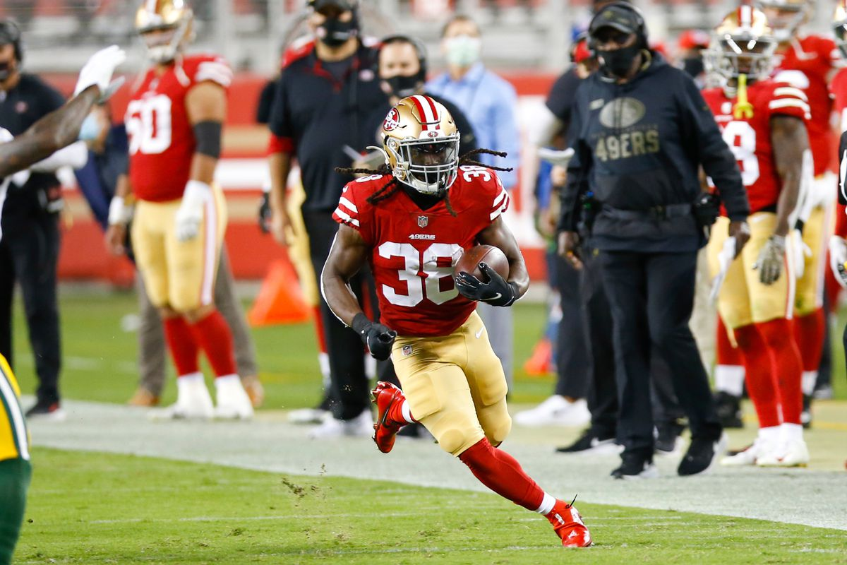 JaMycal Hasty #38 of the San Francisco 49ers rushes during the game against the Green Bay Packers at Levi's Stadium on November 3, 2020 in Santa Clara, California.