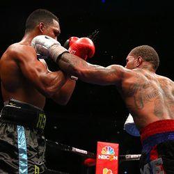 Curtis Stevens vs Tureano Johnson