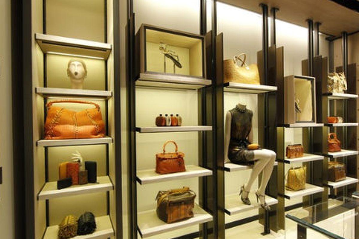 "Image via <a href=""http://www.wwd.com/retail-news/designer-luxury/bottega-on-madison-for-women-only-5353443"">WWD</a>"