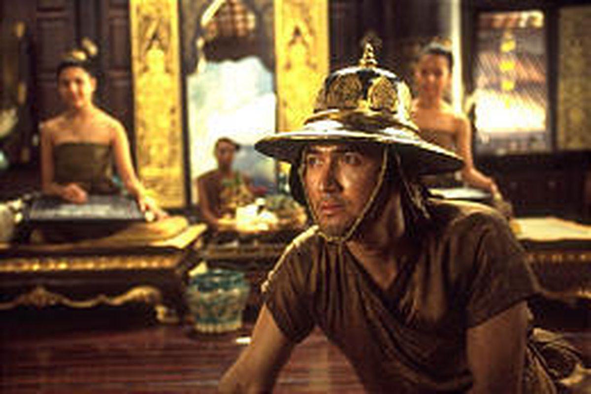 "Chatchai Plengpanich plays Lord Pirenthorathep in ""Suriyothai."""