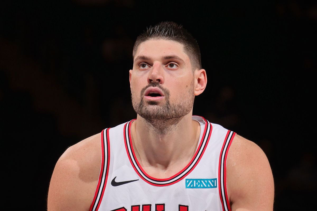 Nikola Vucevic of the Chicago Bulls shoots a foul shot against the New York Knicks on April 28, 2021 at Madison Square Garden in New York City, New York.