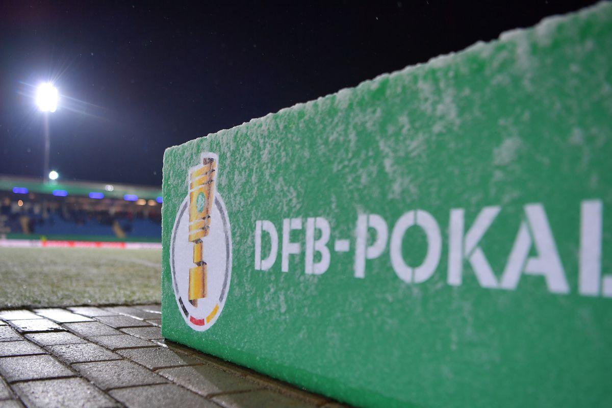 Sportfreunde Lotte v Borussia Dortmund - DFB Cup Quarter Final