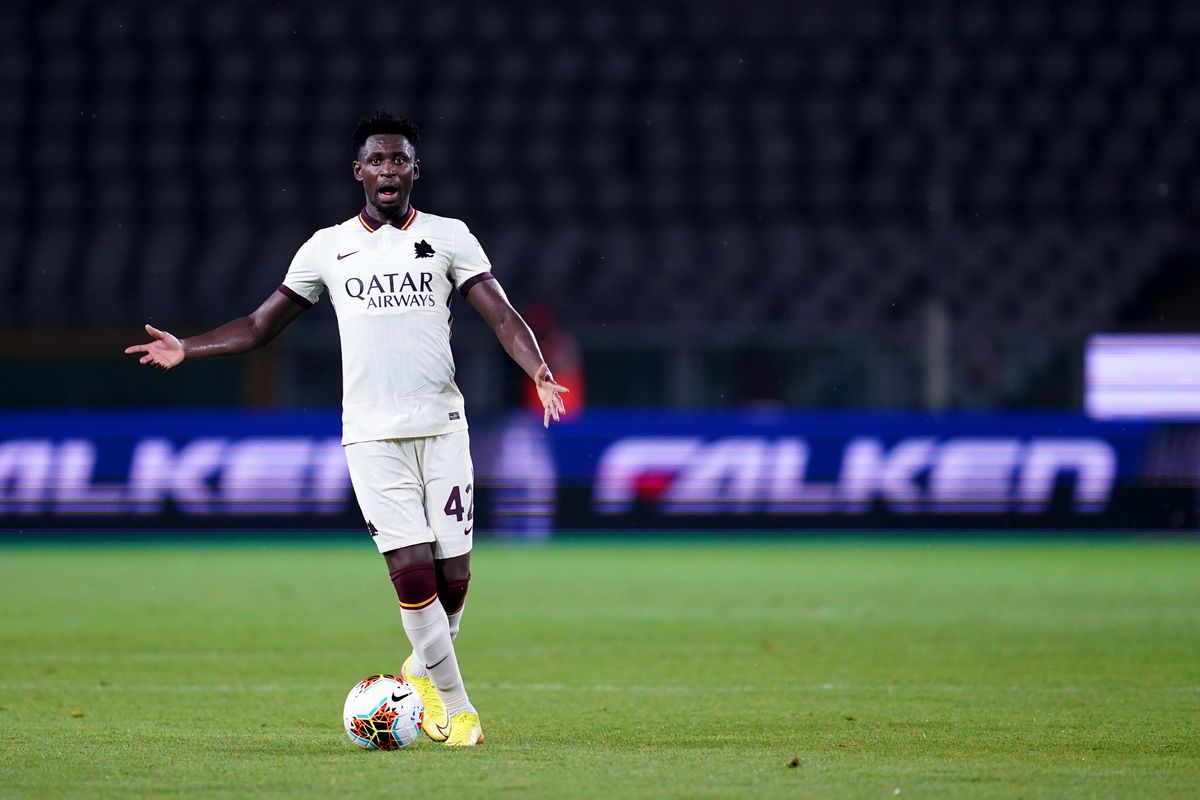 Amadou Diawara of As Roma in action during the Serie A...