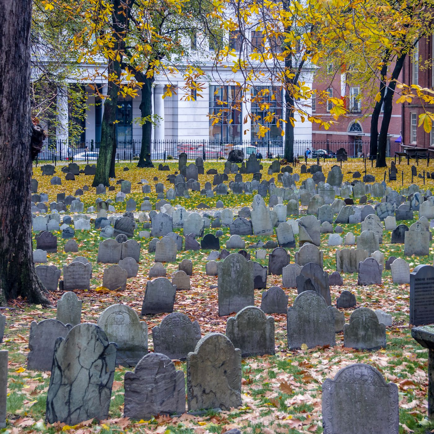 The Boston area's 26 most historic cemeteries, mapped
