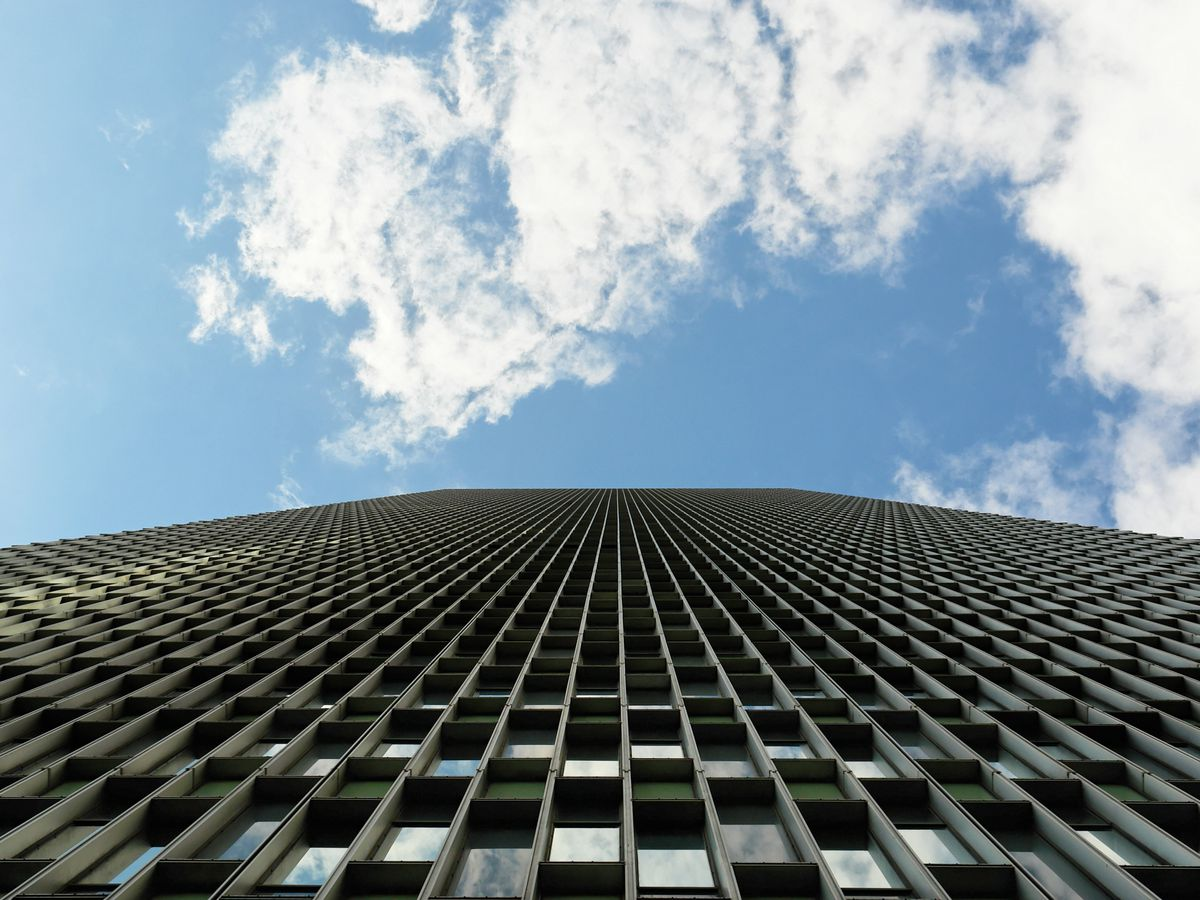 Looking up a skyscraper until its height recedes.