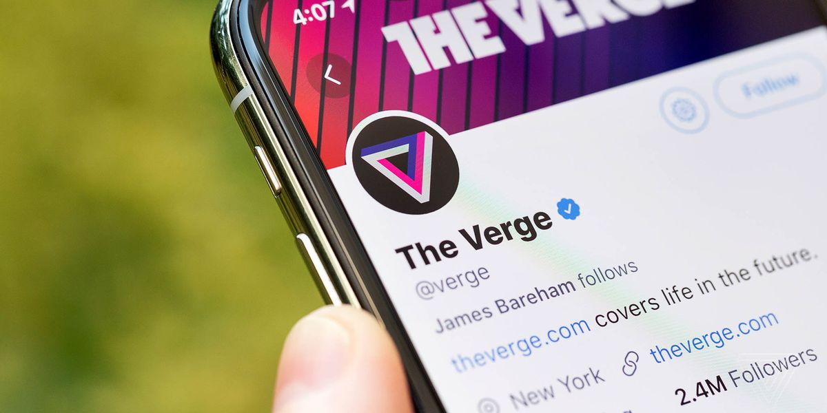 "Twitter says it doesn't ""have the bandwidth"" to fix verification - The Verge"