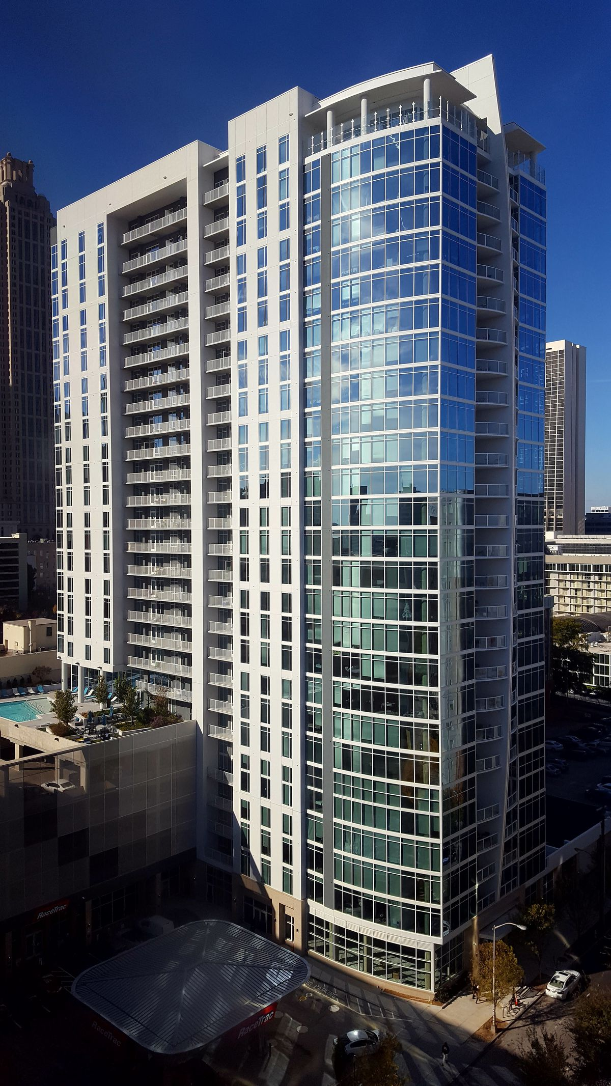 A wide-angle shot shows the whole 26 stories.
