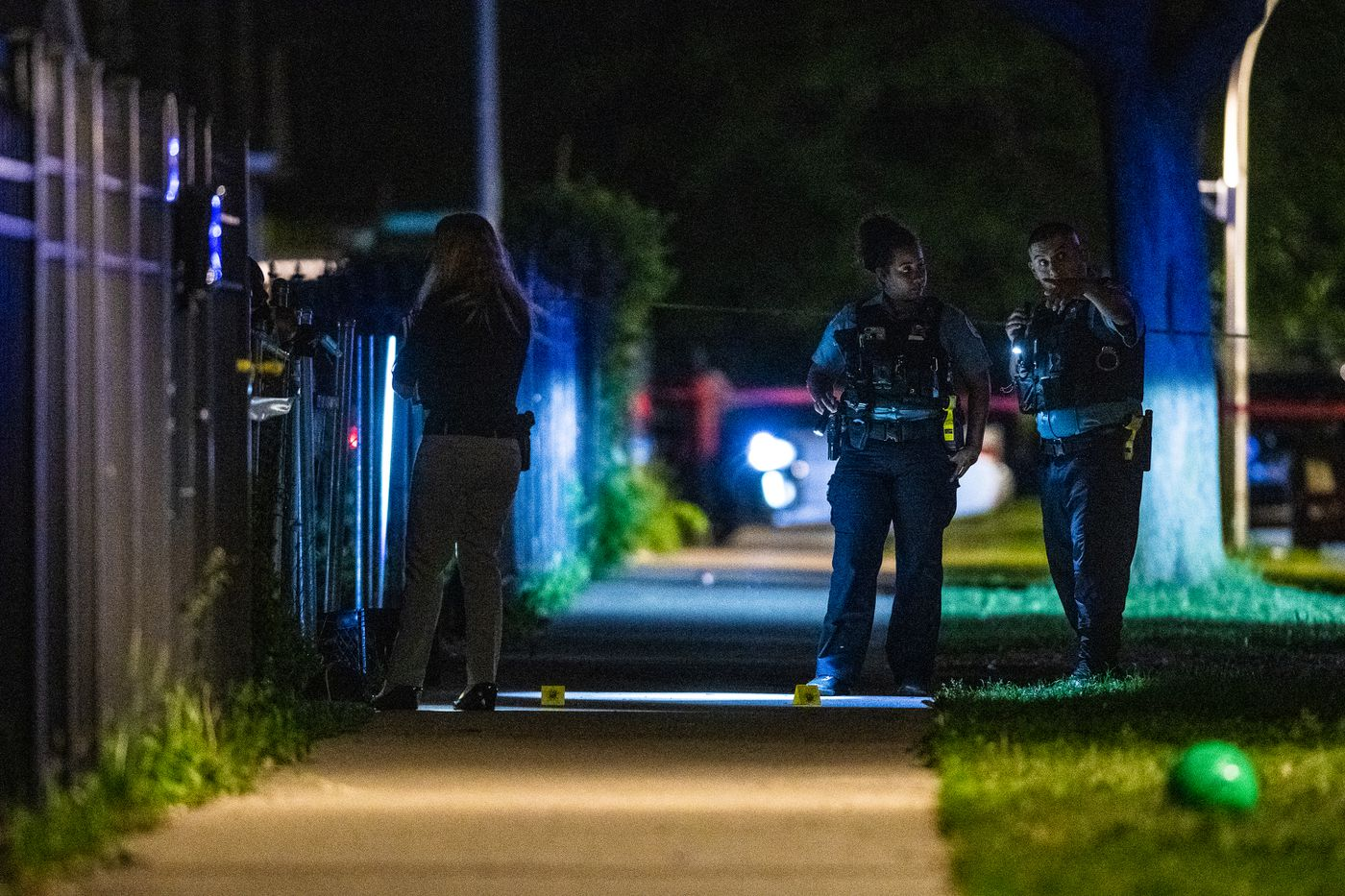 Weekend shootings roundup: 52 shot, 8 killed in weekend gun
