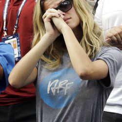 Brooklyn Decker, wife of Andy Roddick, reacts after Roddick lost his fourth round match to Argentina's Juan Martin Del Potro at  the 2012 US Open tennis tournament, Wednesday, Sept. 5, 2012, in New York. Roddick said he would retire after the match. (AP Photo/Charles Krupa)