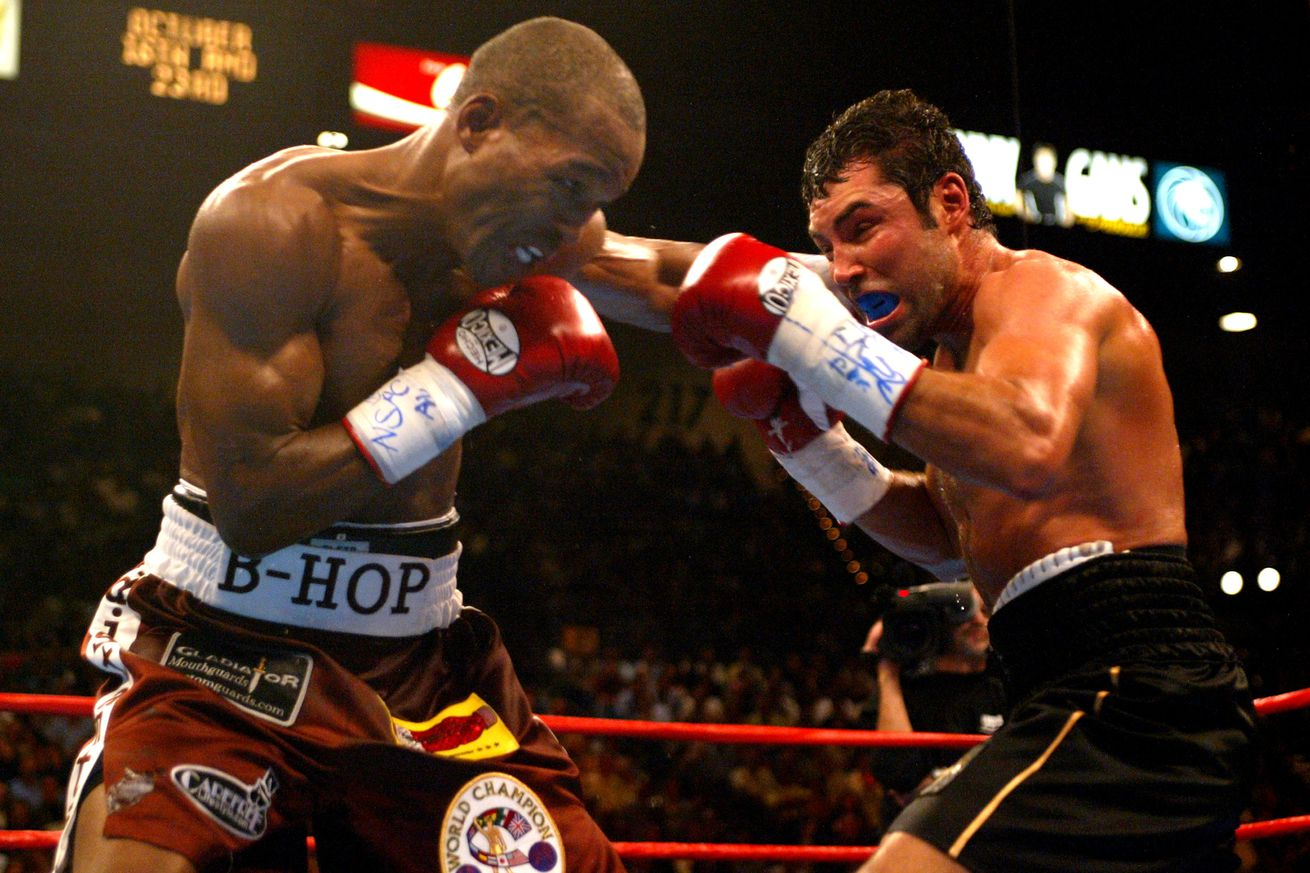539705692.jpg.0 - Full Fight: Hopkins ends De La Hoya's middleweight hopes