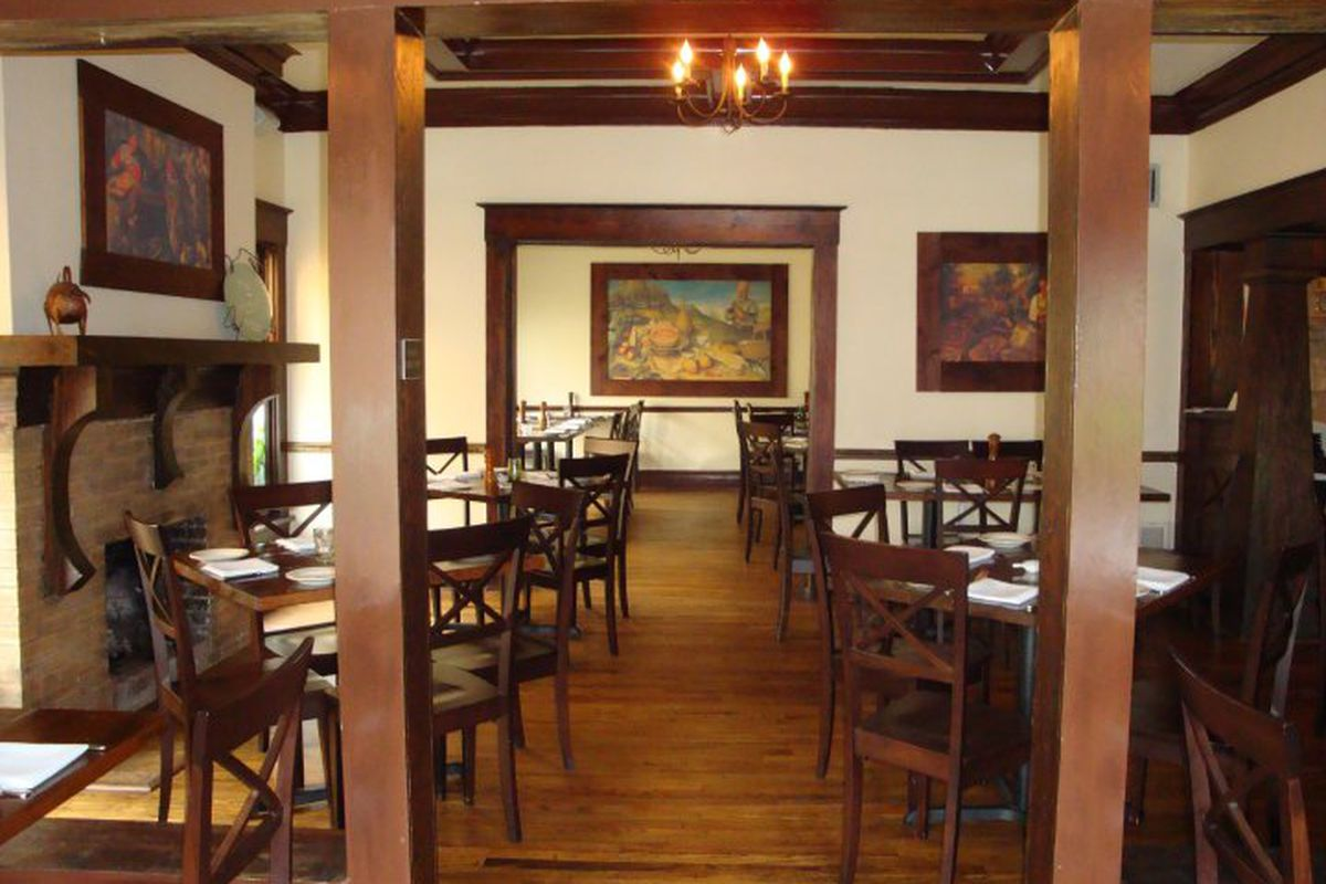 Inside Feast's soon to shutter dining room