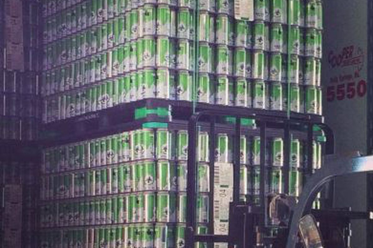 Cans for Maine Island Trail Ale.