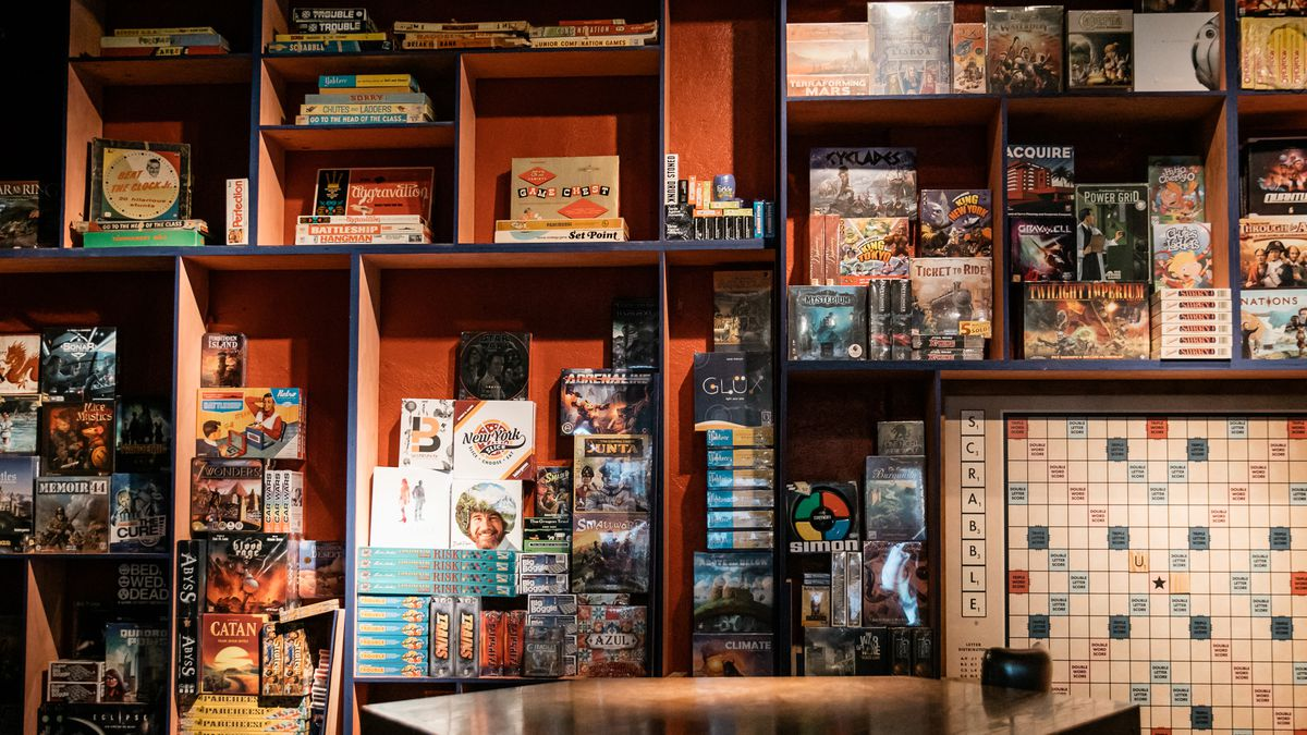 Inside Ferndale S New Board Game Bar And Ax Throwing Venue