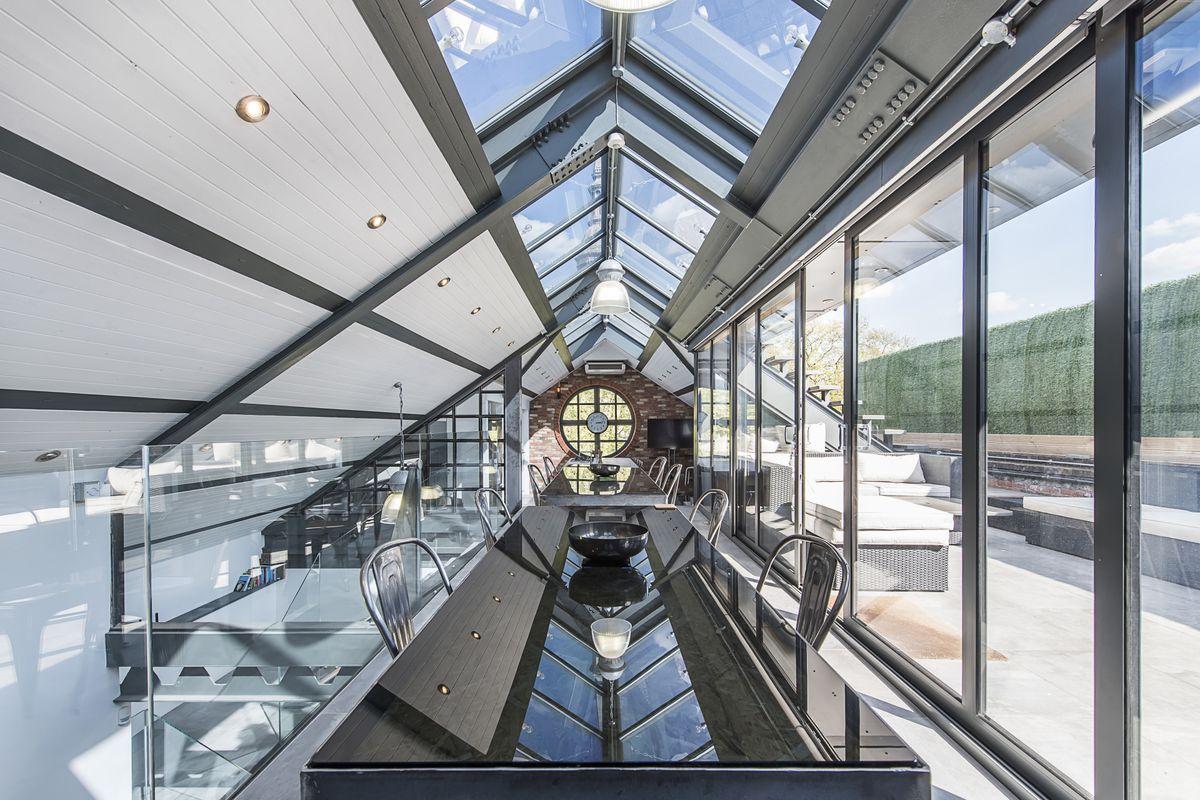 London Ironworks Transformed Into Incredible Modern