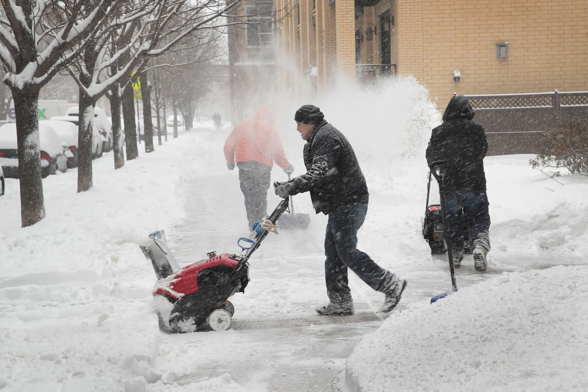 Winter Storm Brings Over 6 Inches Of Snow To Chicago