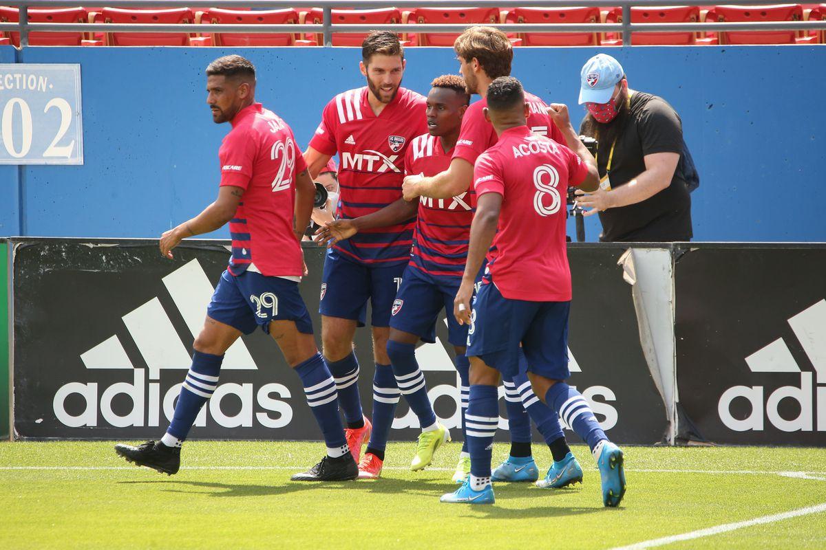 SOCCER: MAY 08 MLS - Houston Dynamo FC at FC Dallas