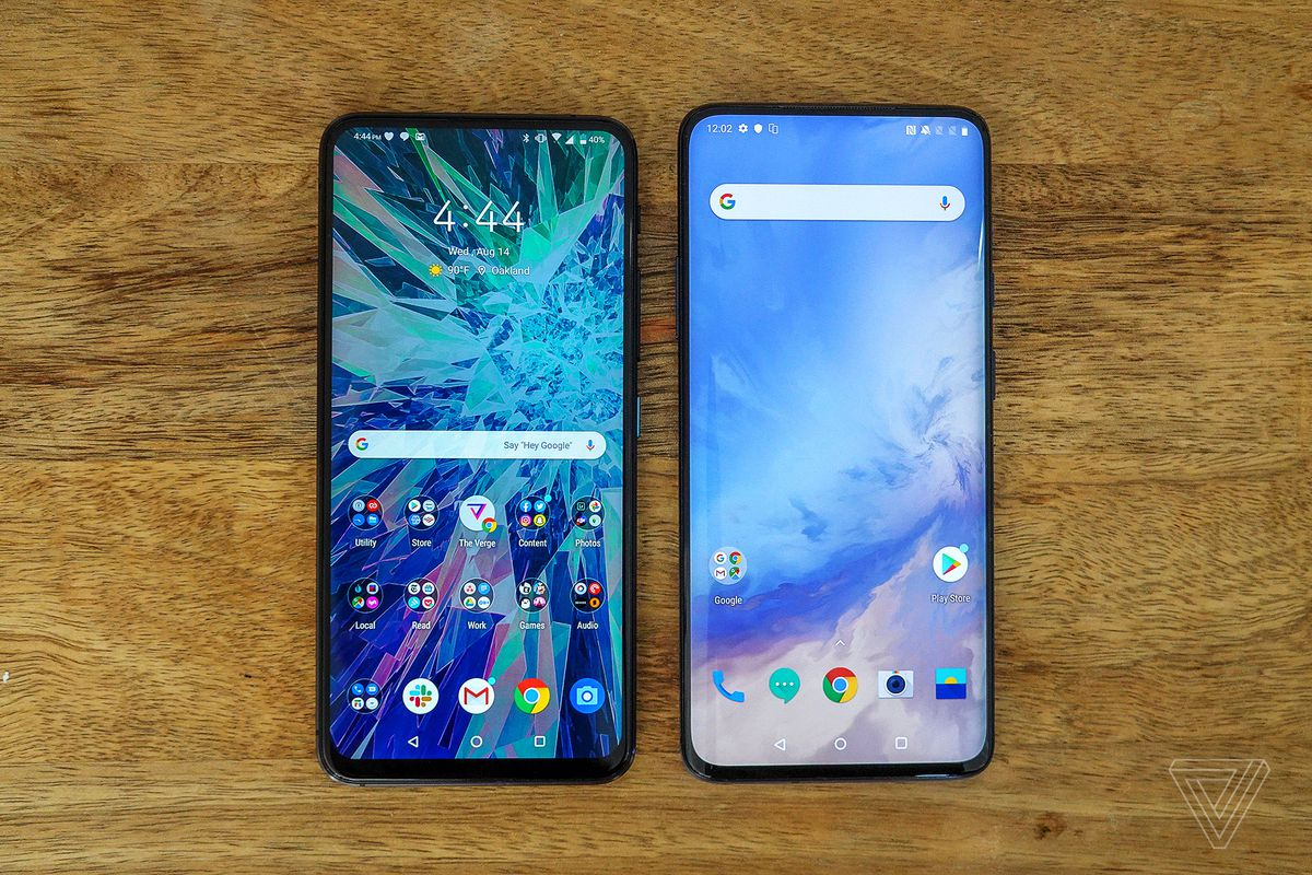 The ZenFone 6 (left) is nearly as big as the OnePlus 7 Pro (right). It's big.