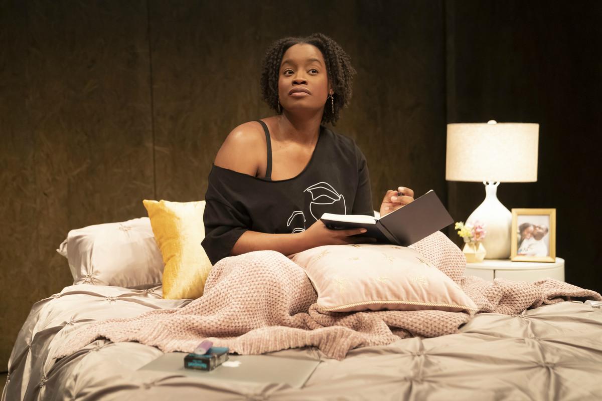 "Aneisa J. Hicksstars as Janelle inkorde arrington tuttle's ""graveyard shift"" directed by Danya Taymor at the Goodman Theatre."