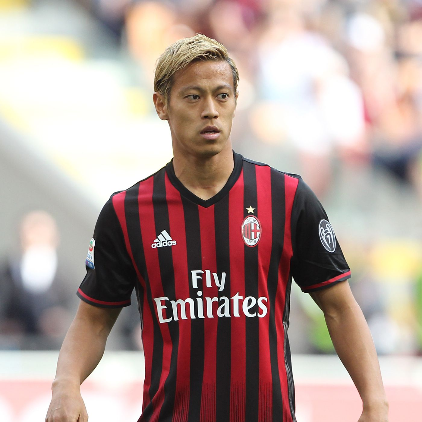 f19ec4dc6 Official  Keisuke Honda signs with Pachuca - Angels on Parade
