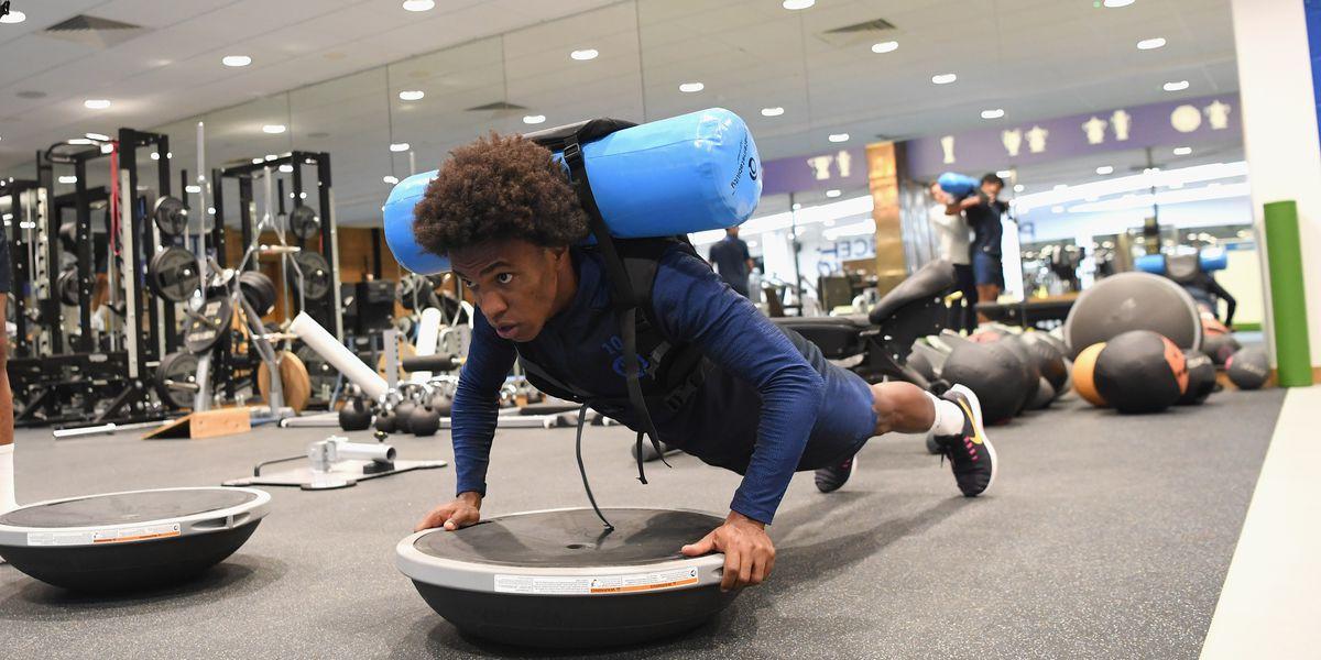PICTURES: Willian, Azpilicueta, Reece James, other Chelsea non-internationals return to training