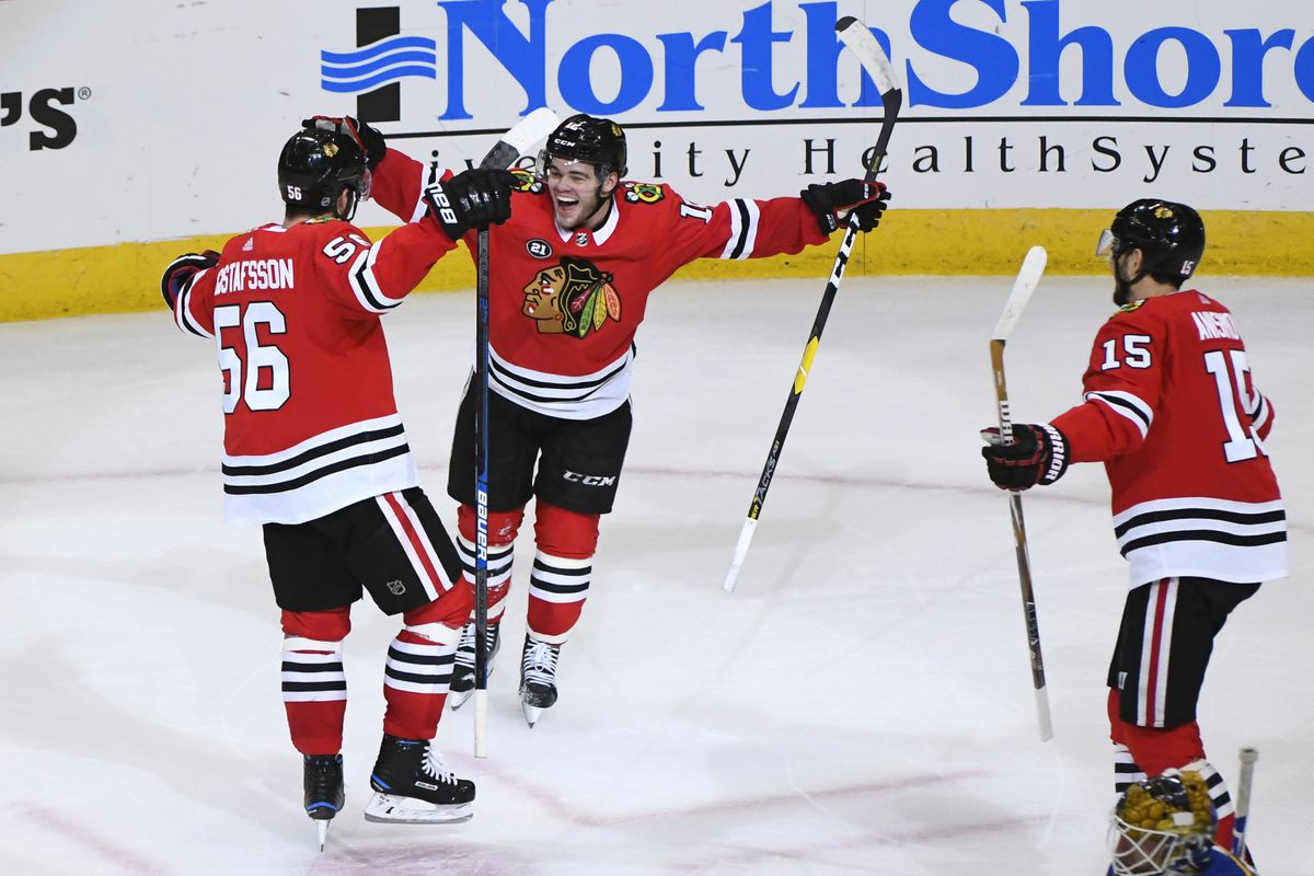 Blackhawks (again) reach overtime  beat Blues 4-3 33960eb67