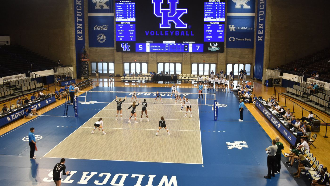 Kentucky Volleyball sweeps Cleveland State to open Bluegrass Battle