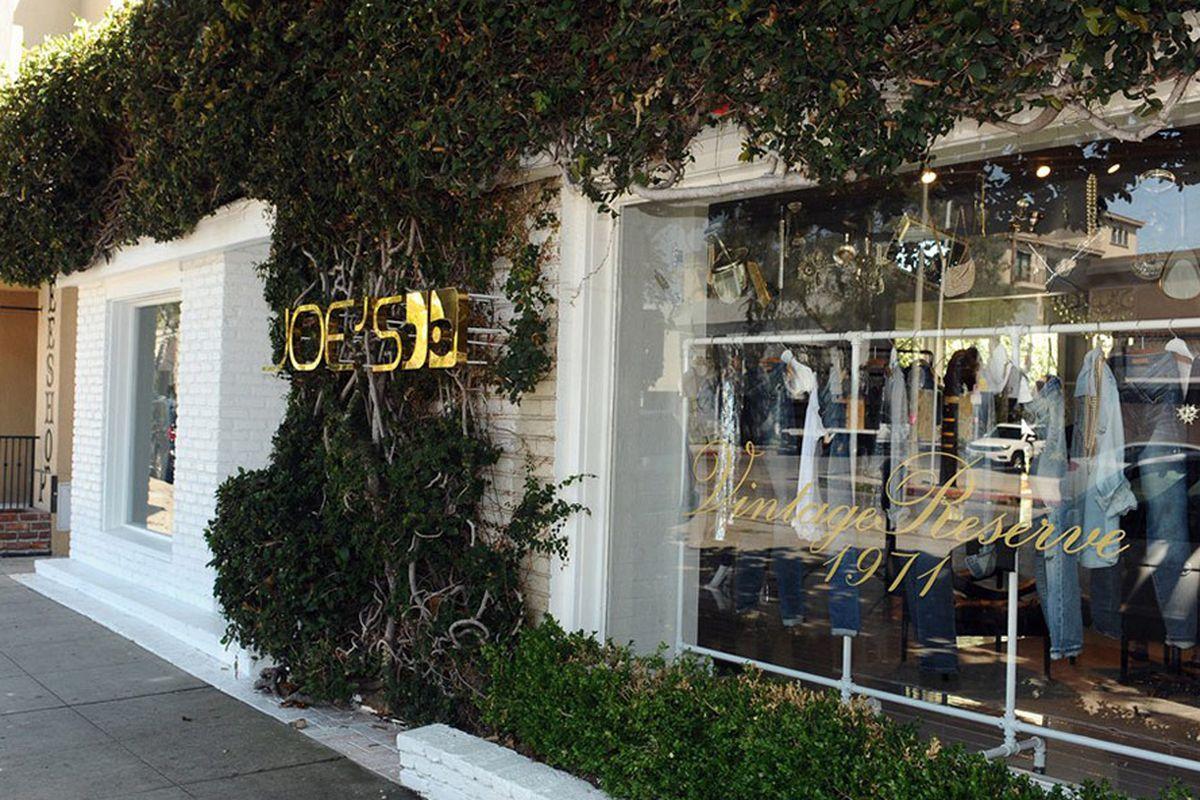 """Photo: <a href=""""http://www.joesjeans.com/Joes_Jeans_Locations.aspx"""" target=""""_blank"""">Joe's Jeans</a>"""