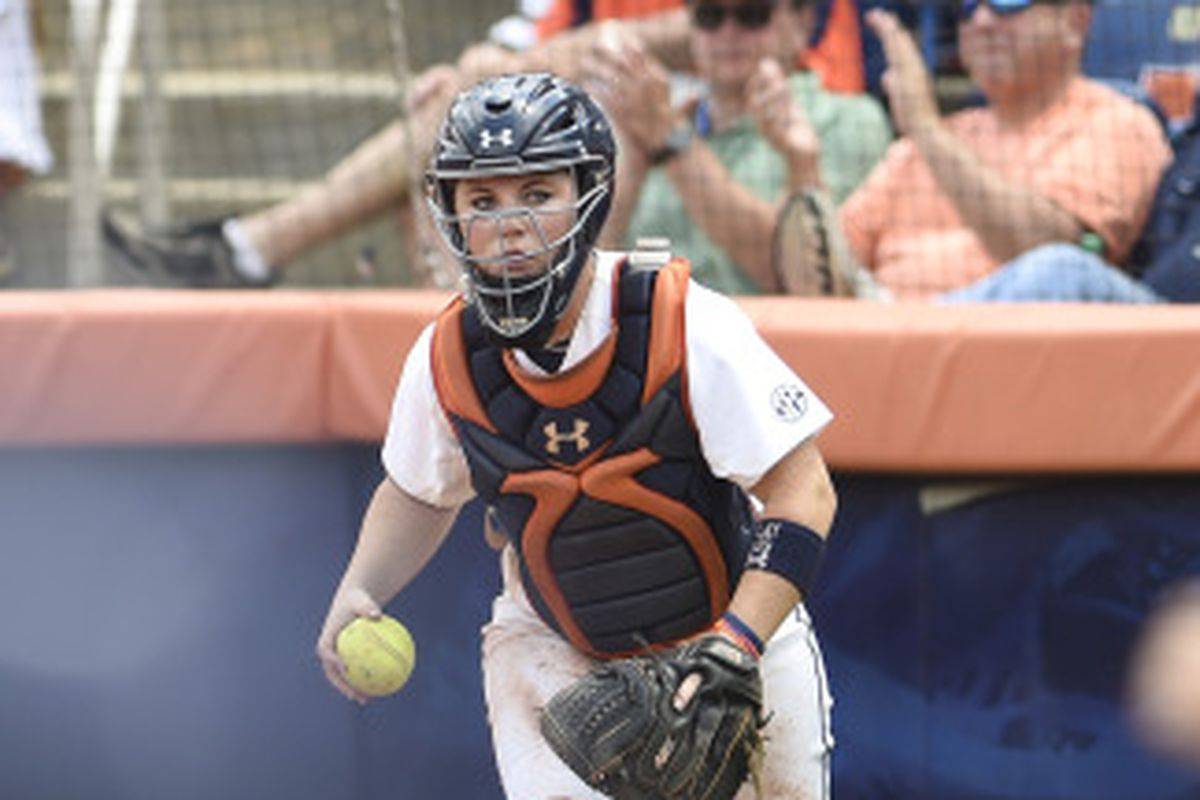 auburn softball closes out non-conference schedule with sweep of