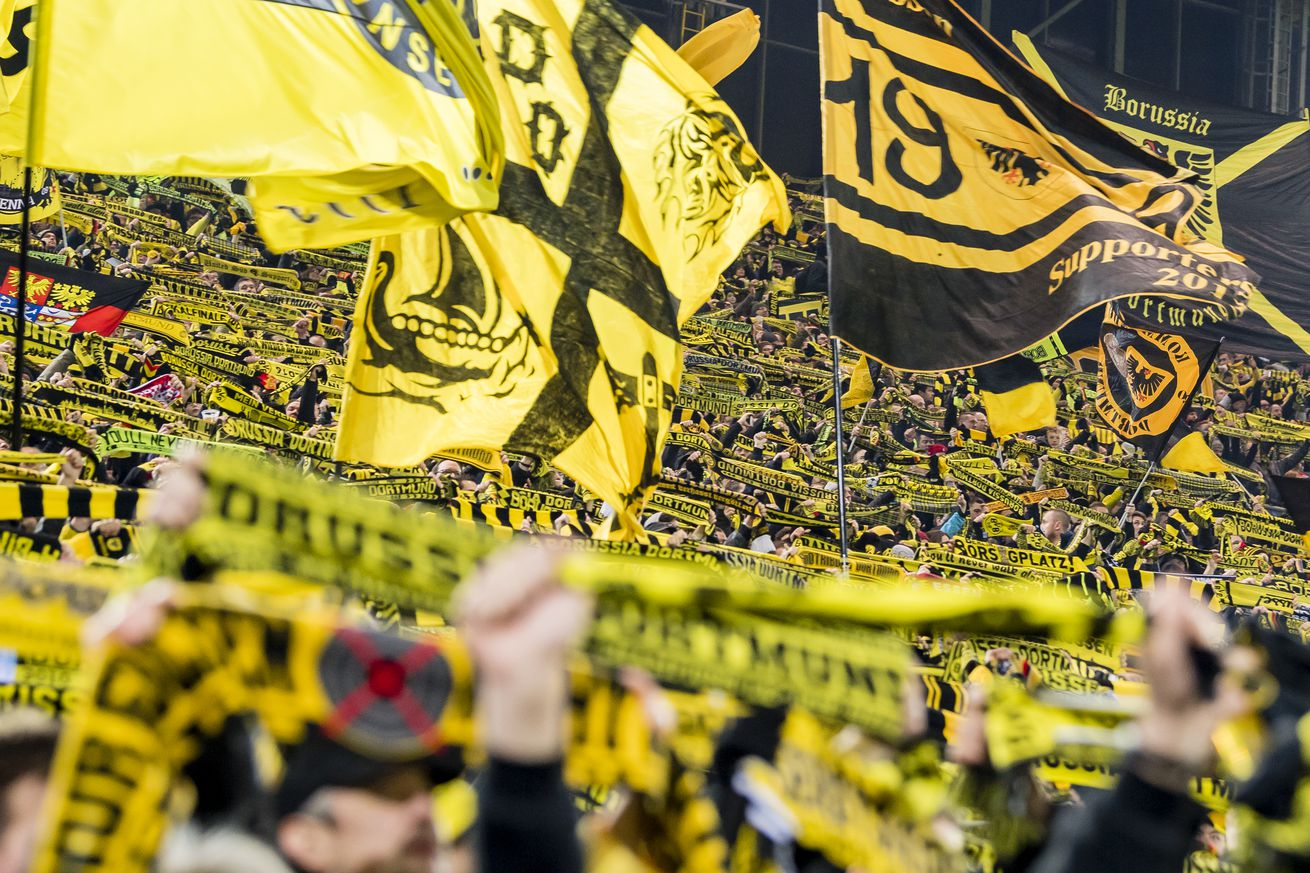The Daily Bee (January 12th, 2017): BVB fans boycott Monday night game