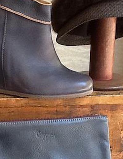 b64a4b06b60 Get the Boot  10 Chicago Stores For Fall Boots - Racked Chicago