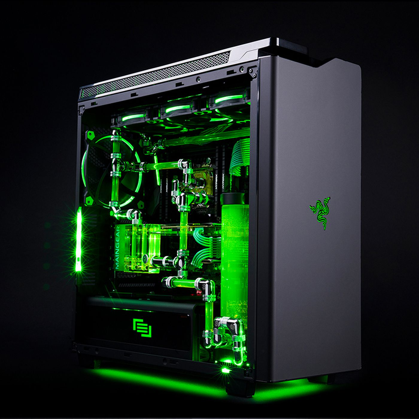 Liquid Cooled Pc >> The Glowing Green Liquid In This Razer Maingear Gaming Pc Probably