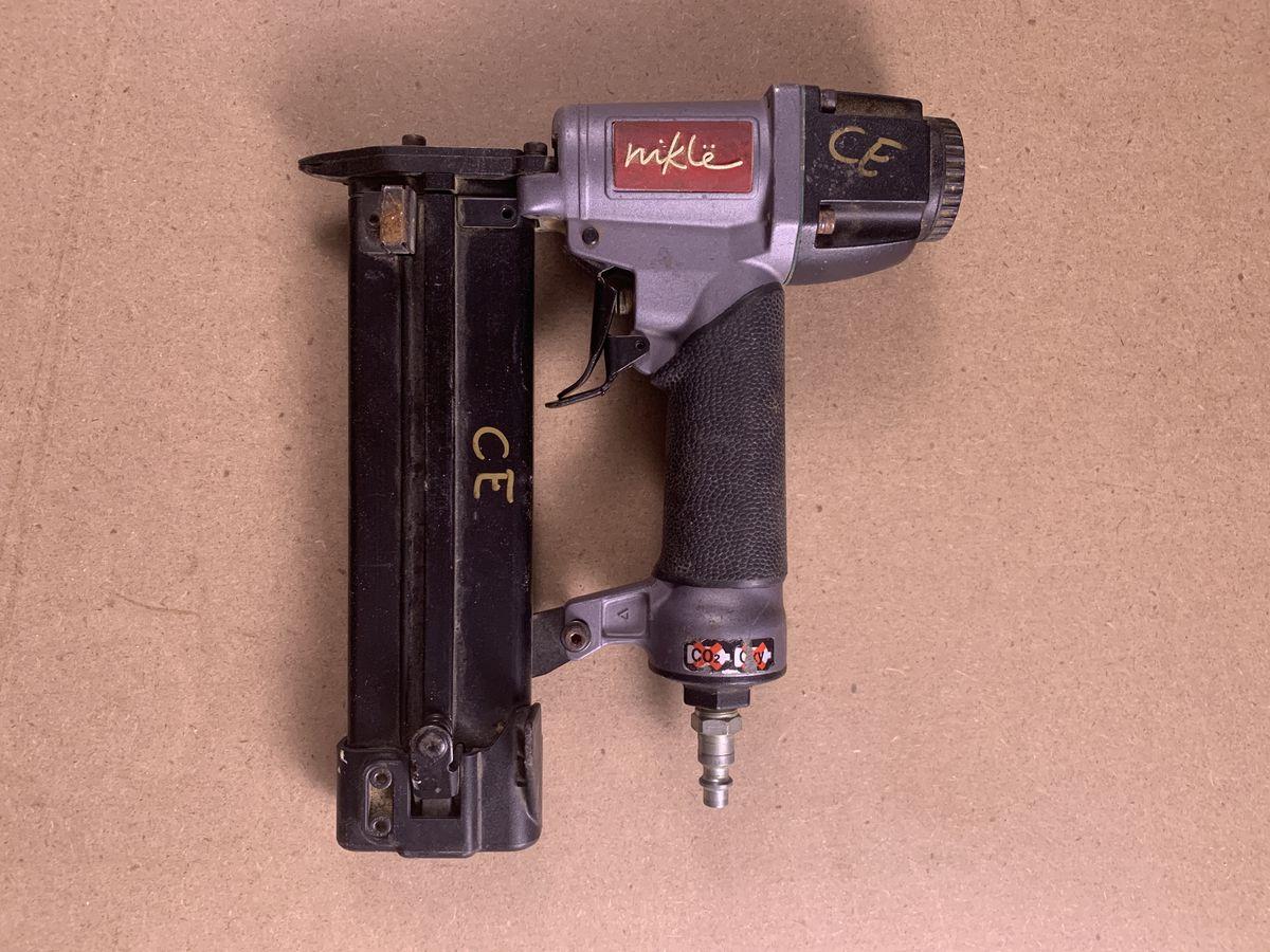 23-gauge pin nailer
