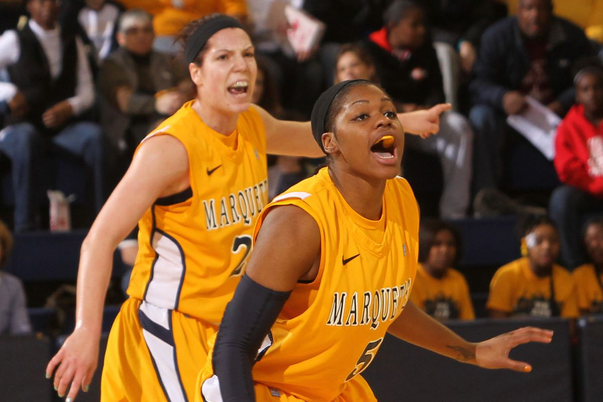 Both Katherine Plouffe (L) and Katie Young are averaging a double-double for Marquette through 2 games.