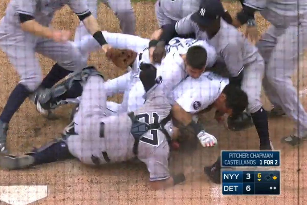 Miguel Cabrera and Austin Romine Throw Haymakers During EPIC Yanks-Tigers Brawl