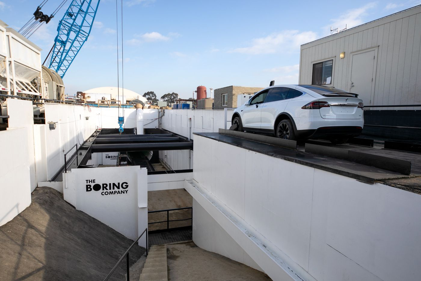 Elon Musk debuts 'Loop' tunnel in Los Angeles - Curbed LA
