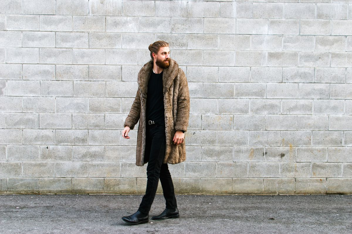 c6b233fed The Best-Dressed Man on Reddit Is an Expert at Thrifting - Racked