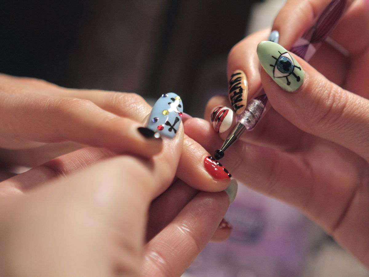 Artsy Manicures A Guide To Miamis Best Nail Art Salons